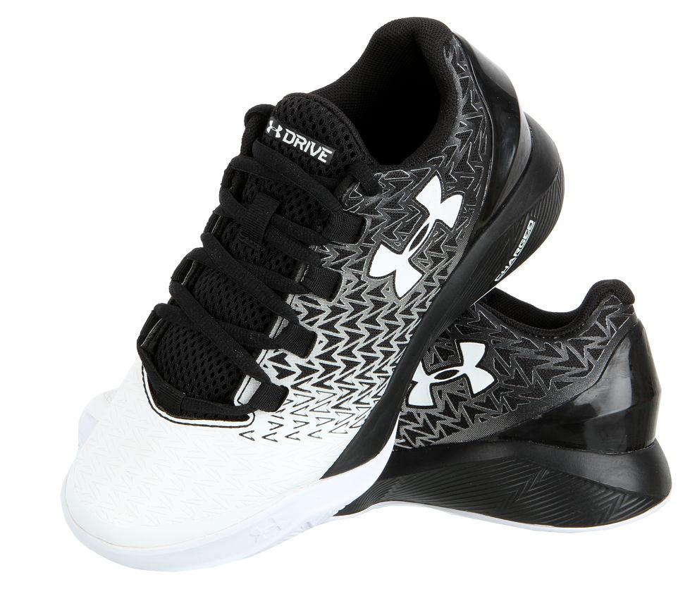 Chlapecká sportovní obuv Under Armour vel. EUR 35,5, UK 3