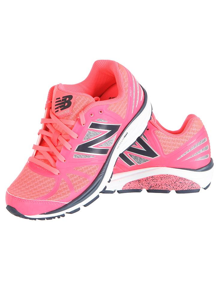 Dámské běžecké tenisky New Balance  3b374b20c16