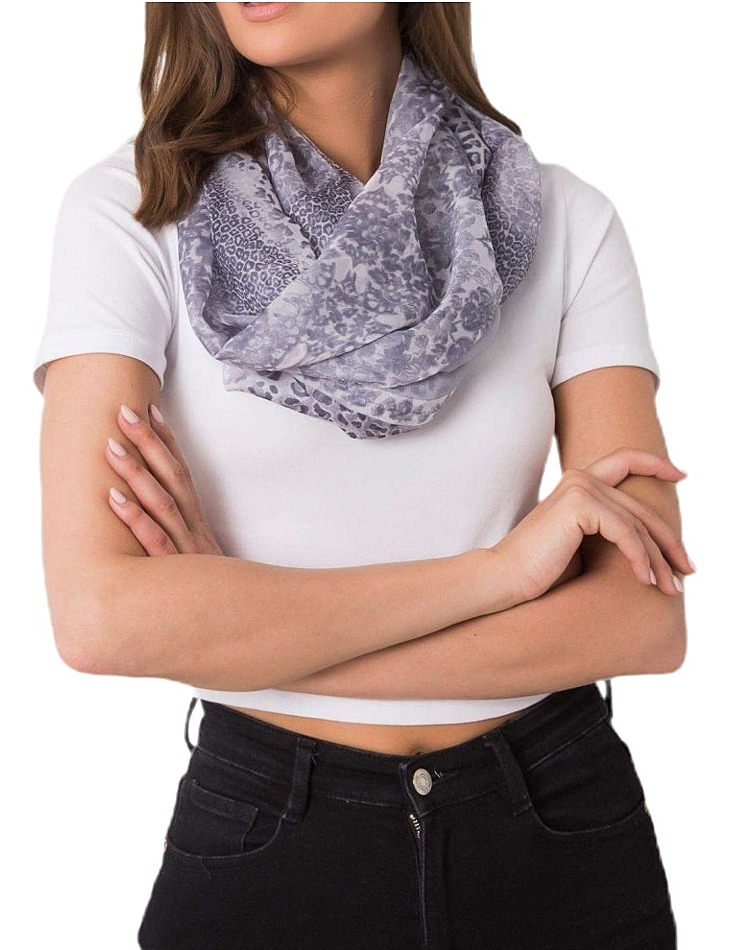 šedý šátek se zvířecím vzorem vel. ONE SIZE